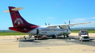 Un avion d'Air Madagascar à l'aéroport de Tuléar.