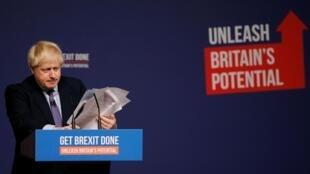Boris Johnson à la fin de son discours, le 24 novembre 2019.