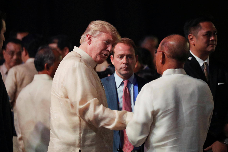 Trump no jantar de gala dos 50 anos da ASEAN, reunida em cimeira em Manila, Filipinasathan Ernst