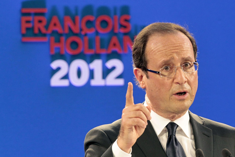François Hollande, candidato do Partido Socialista às eleições presidenciais francesas, durante discurso em Paris nesta quinta-feira.