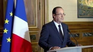 Tổng thống Pháp François Hollande phát biểu tại Tulle, miền trung nước Pháp sau cái chết của 4 quân nhân Pháp tại Afghanistan ngày 09/06/2012.
