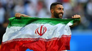 سامان قدوس، بازیکن تیم ملی ایران، پس از پیروزی تیم حود بر مراکش در سن پترزبورگ - ١۵ ژوئن ٢٠١٨/ ٢۵ خرداد ١٣٩٧