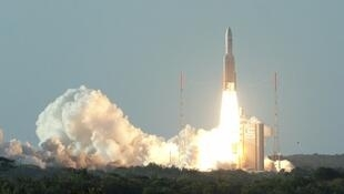 Запуск РН Arian 5 с космодрома во Французской Гвиане