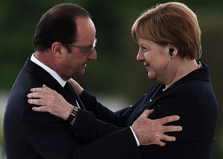 Одновременно советники Олланда поговорят с советниками Путина о предложении Ангелы Меркель