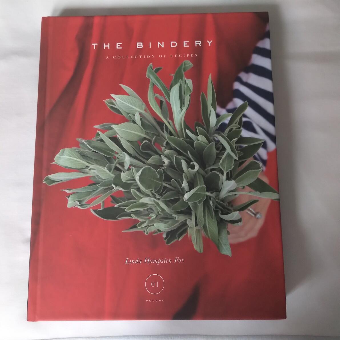 Portada del libro de cocina de la chef Linda Hampsten Fox.
