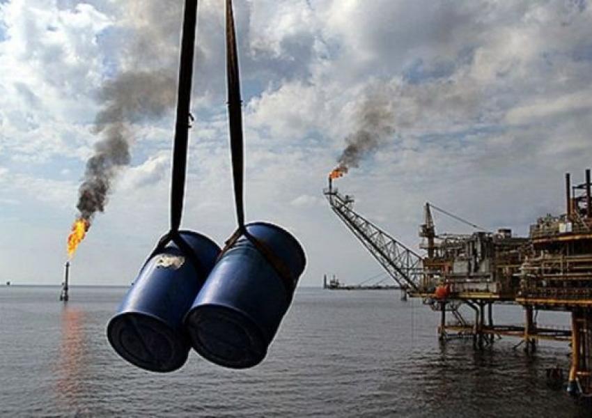 سقوط صادرات نفت ایران