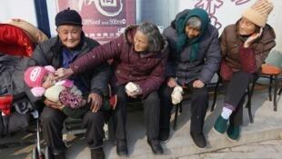 Người cao tuổi Trung Quốc. Ảnh minh họa.