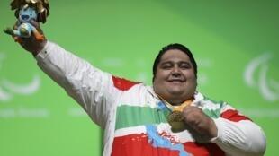 L'Iranien Siamand Rahman a soulevé 310 kilos lors des compétitions d'althérophilie aux Jeux paralympiques.