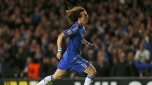 Le Brésilien David Luiz au PSG pour 40 à 50 millions!