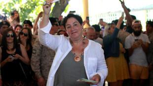 Beatriz Sánchez está a favor del derecho a un aborto libre y seguro para todas las mujeres, del matrimonio igualitario, de un mayor papel del Estado en la educación y la salud.