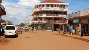 Une rue de Jinja en Ouganda.