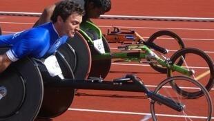 Pierre Fairbank, médaille de bronze aux J.O Paralympiques 2016 à Rio sur le 400 mètres fauteuil...