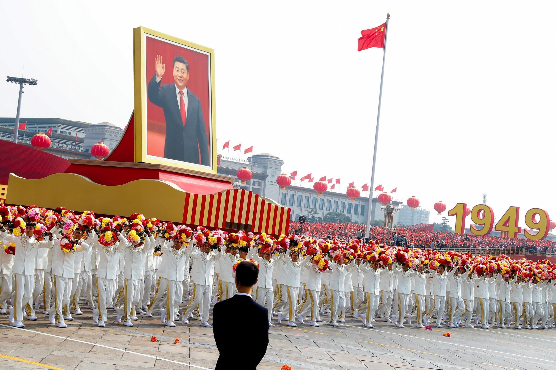 Chân dung chủ tịch Trung Quốc Tập Cận Bình đi đầu đoàn diễu binh trên quảng trường Thiên An Môn, ngày Quốc Khánh Trung Quốc 01/10/2019.