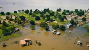 Foto da Missão Popular em Moçambique, com a devida vénia