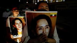 2021-03-28T145330Z_911987915_RC2CKM94ULTG_RTRMADP_3_MYANMAR-POLITICS-THAILAND