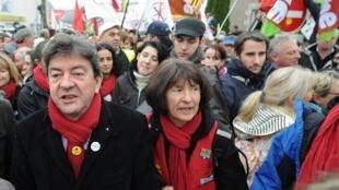 """Лидер французского """"Левого фронта"""" Жан-Люк Меланшон (Jean-Luc Mélenchon) - слева"""