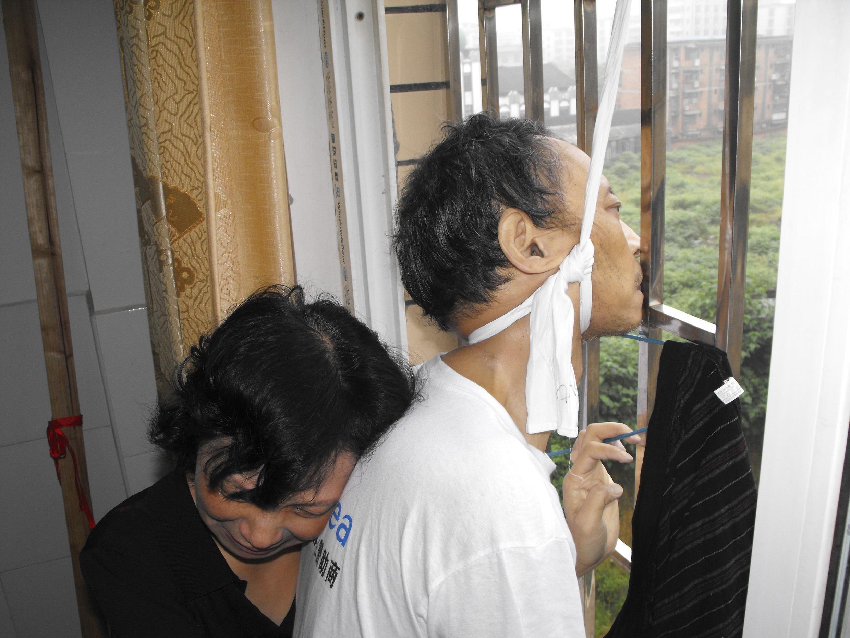 O dissidente chinês Li Wangyang foi encontrado morto em situação suspeita no hospital onde se encontrava, em Pequim.