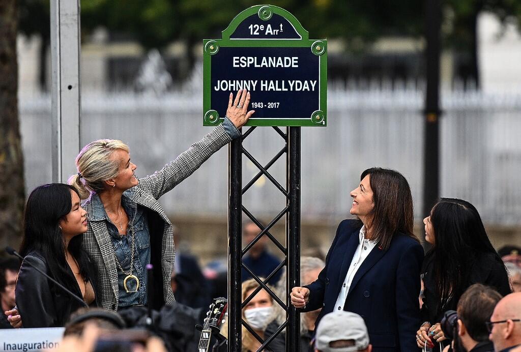 Esplanade Johnny Halliday Paris inauguration