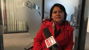 La representante de la organización Reporteros sin Fronteras (RSF) en los estudios de RFI, el 26 de marzo de 2019.