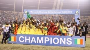 Les Maliens champions d'Afrique U20 2019, à Niamey.