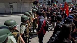 Até agora, 18 pessoas morreram nos protestos no Chile, entre elas cinco policiais.