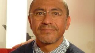 Abraham Cruzvillegas en RFI