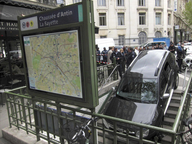 Парижанам, решившим на неделю бросить автомобили, взамен предложат призы и бесплатный проезд на городском транспорте