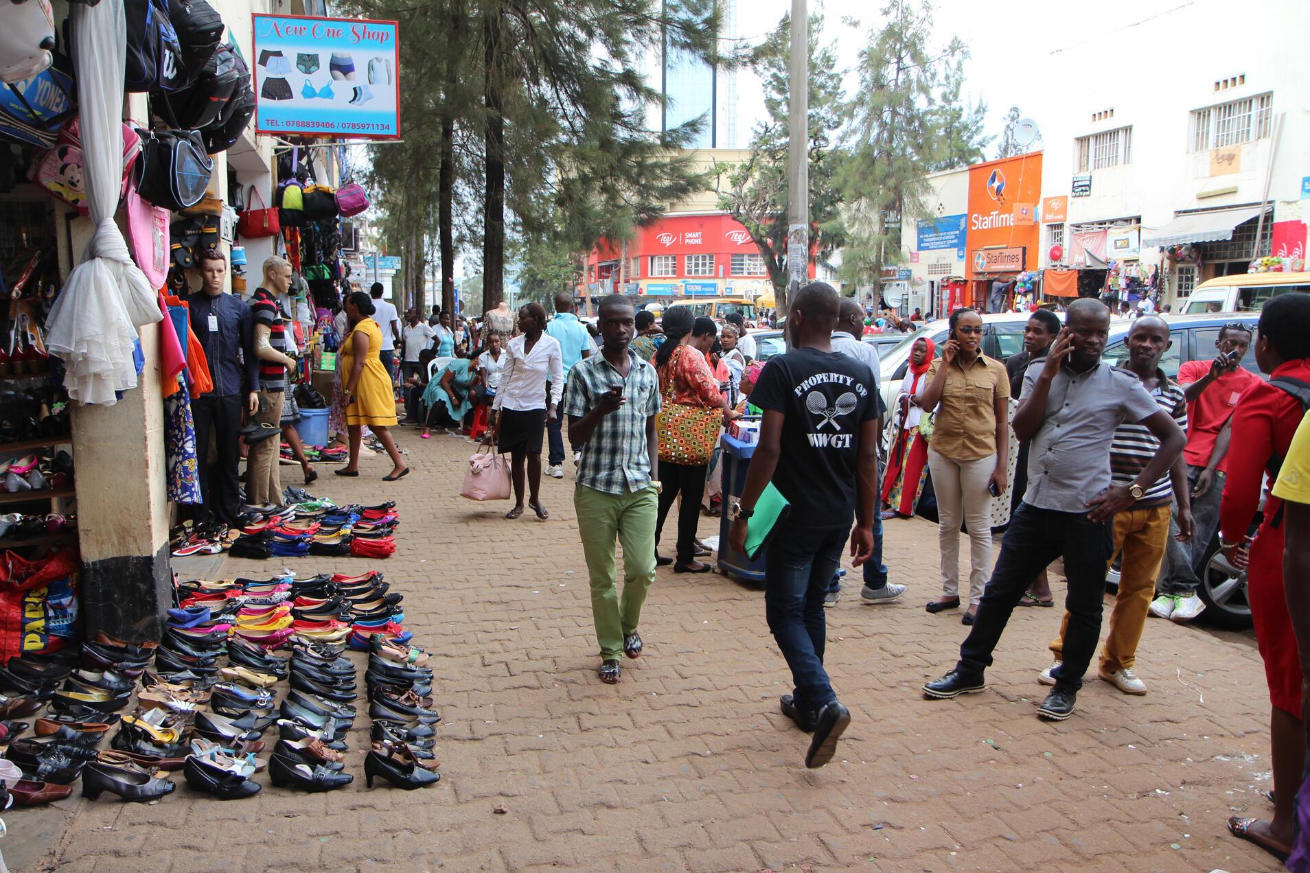 Katika kata kunakofanyika shughuli za biashara mjini Kigali.