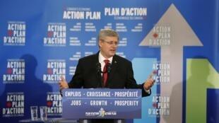Le Premier ministre canadien, Stephen Harper, lors d'une conférence de presse, à Québec, le 3 mai 2013.