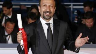 Асгар Фархади с призом за лучший сценарий в Каннах