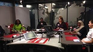 De gauche à droite : Dr Idrissa Maiga, Fatimata Sy, Romaric Ouitona, Claire Hédon, Dr Aissa Bouwaye et Elsa Burzynski