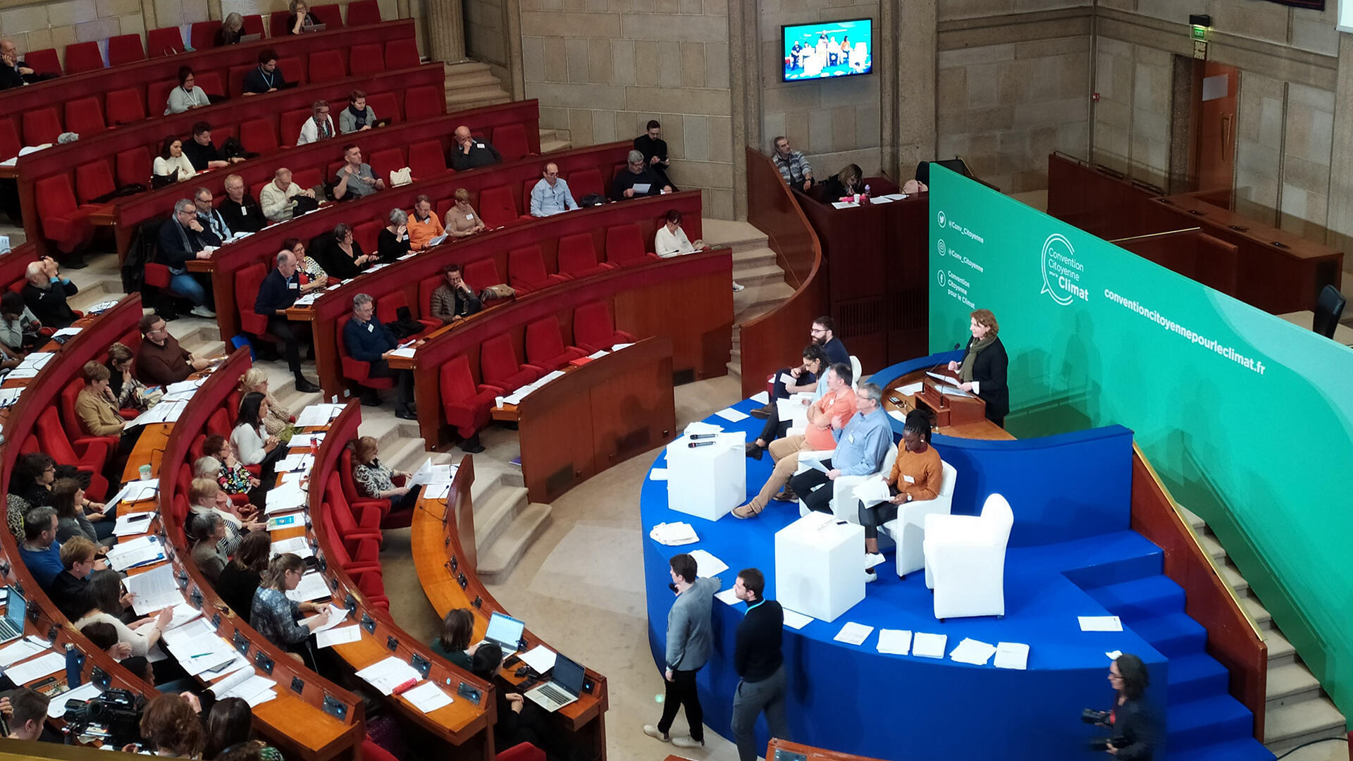A plenary session of the Citizen convention for the climate, 20 March 2020.