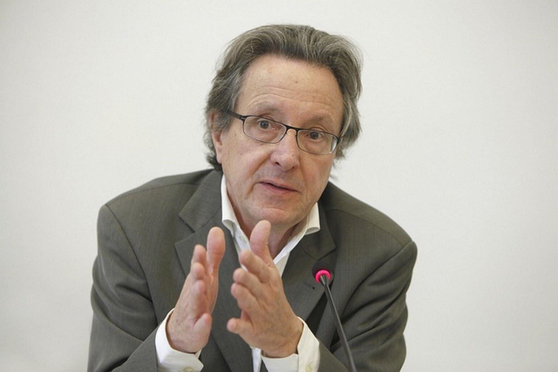 """""""ژان-فرانسو بیّر"""" (Jean-François Bayart)، استاد """"مؤسسۀ مطالعات عالی بین المللی و توسعه"""" در ژنو"""