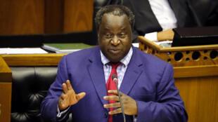 Le ministre sud-africain des Finances Tito Mboweni lors de son discours devant le Parlement le 20 février 2019.