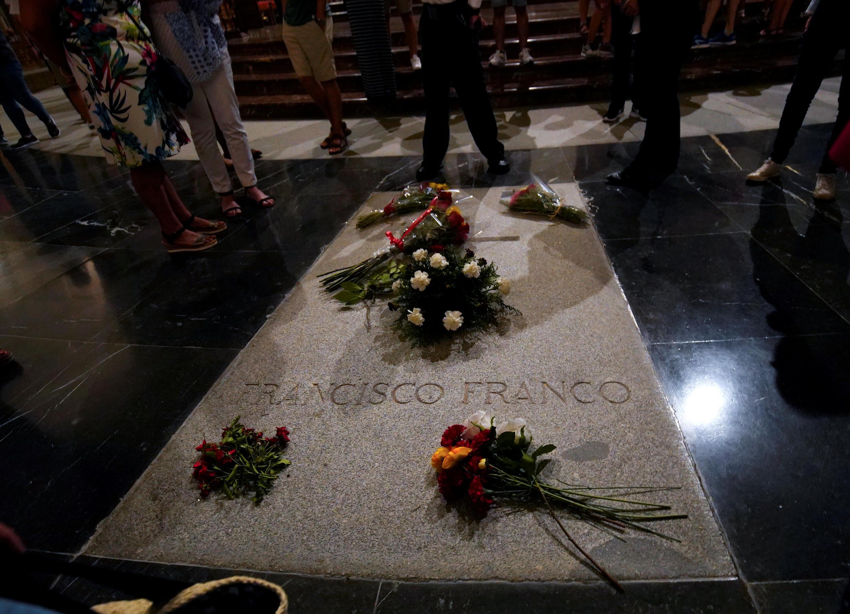 Могила Франсиско Франко в «Долине Павших»