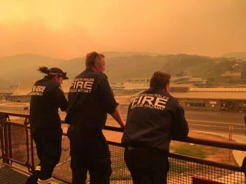 Des pompiers australiens en Nouvelle-Galles du Sud le 4 janvier 2020.