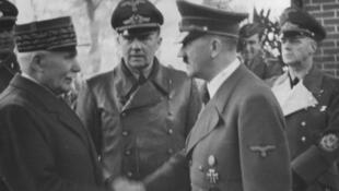Philippe Pétain et  Adolf Hitler, le 24 octobre 1940 à Montoire-sur-le-Loir.