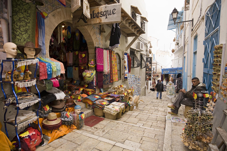 En Tunisie, le tourisme n'a pas encore récupéré de sa descente aux enfers d'après la révolution de 2011.