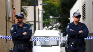 Cảnh sát Úc tại Sydney trong đợt bố ráp truy lùng nghi phạm khủng bố vào đêm 29 rạng sáng 30/07/2017.