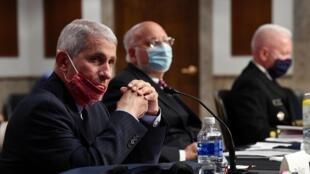 L'immunologue Anthony Fauci, le directeur de l'Institut national des allergies et maladies infectieuses, était entendu par une commission du Sénat sur la propagation du virus, le 30 juin 2020.