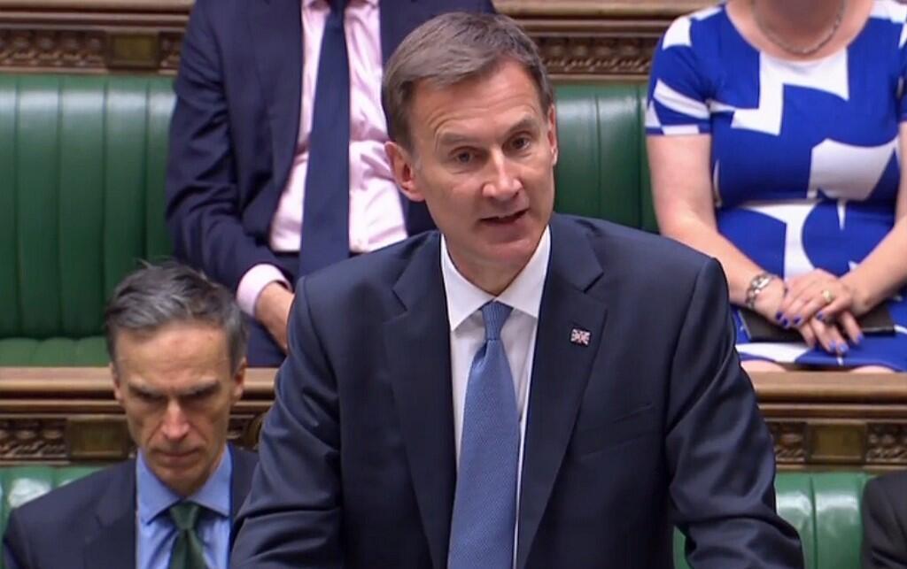 جرمی هانت، وزیرامور خارجه بریتانیا در مقابل اعضای پارلمان این کشور. دوشنبه ۳۱ تیر/ ٢٢ ژوئیه ٢٠۱٩