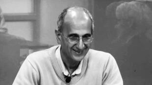 کاووس سیدامامی استاد جامعه شناسی و فعال محیط زیست که به گفتۀ مقامات ایران در زندان خودکشی کرده است