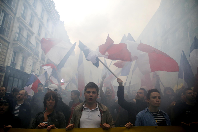 В Париже полиция запретила демонстрацию ультраправых и контракции