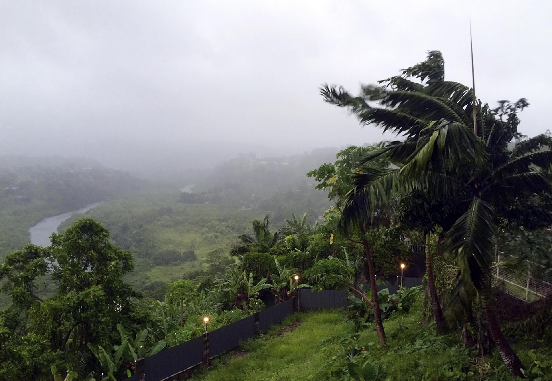 Em 2016, as ilhas Fidji, agora sob alerta de tsunami, foram devastadas pelo ciclone Winston.