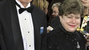 John Nash e sua esposa, Alicia, no dia da entrega do Oscar para o filme Uma Mente Brilhante.