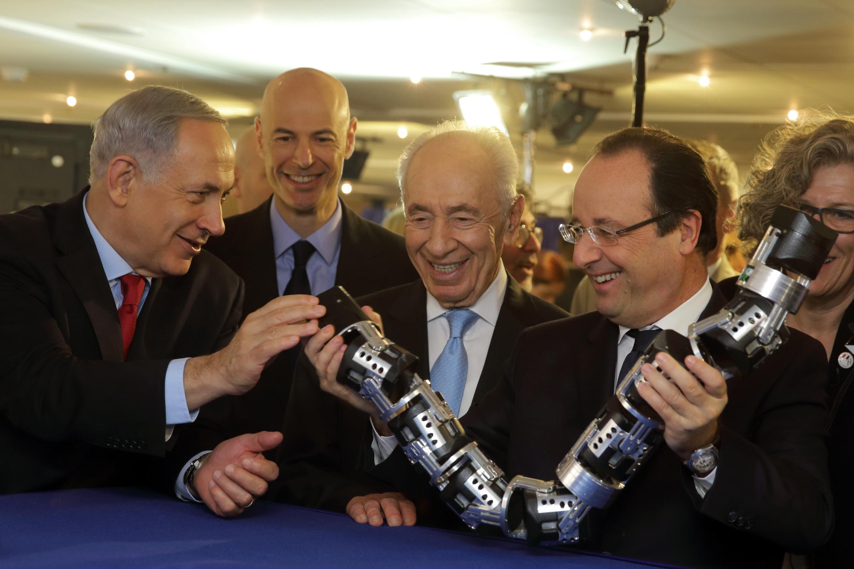 Биньямин Нетаньяху, Шимон Перес и Франсуа Олланд на Франко-израильском Дне инноваций в Тель-Авиве 19/11/2013