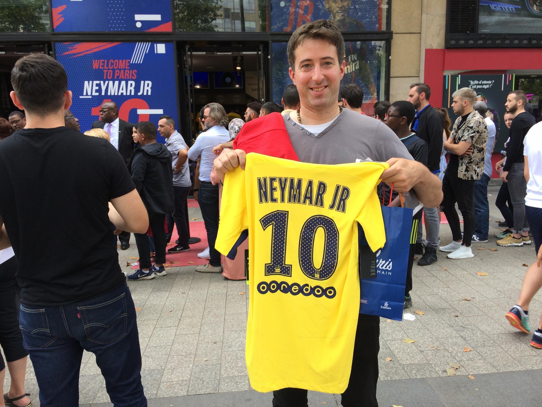Neymar fan Sébastien Faudouas