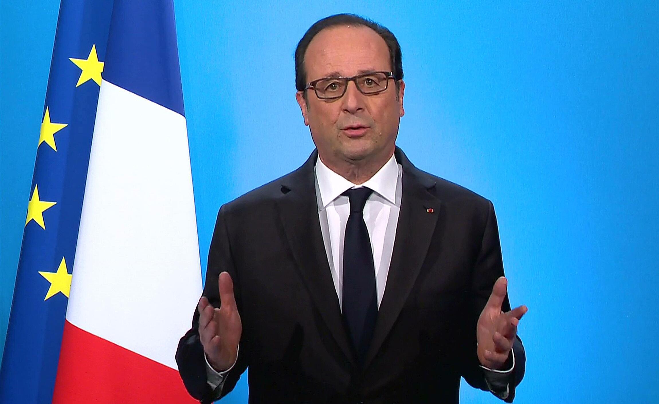 François Hollande durante anúncio de desistência da candidatura à presidência