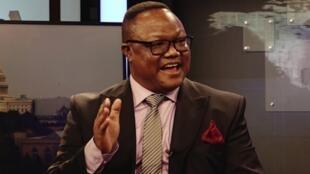Tundu Lissu, ni wakili na mwanasiasa mwenye umri wa miaka 58, lakini pia Naibu Mwenyekiti wa chama kikuu cha upinzani nchini humo CHADEMA.