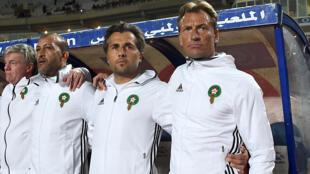Le Français Patrice Beaumelle (au centre), entre le Marocain Mustapha Hadji (à gauche) et Hervé Renard, en novembre 2018.